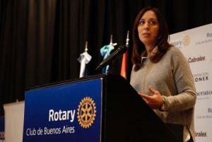 """La Gobernadora María Vidal se pregunta para qué se necesitan tantas universidades si los pobres  """"no pueden""""."""